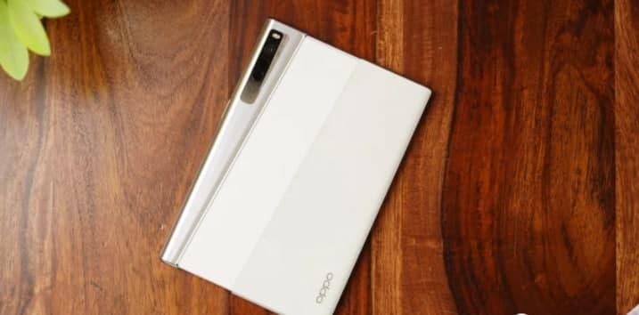 OPPO 可折叠手机主要功能在线爆料:OLED 可折叠显示屏